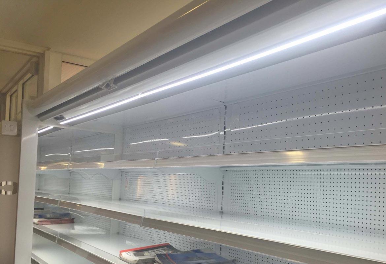 Refrigerator lighting